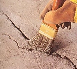 chem_pravilno_zadelivat_sheli_v_polu Чем правильно заделывать щели в полу