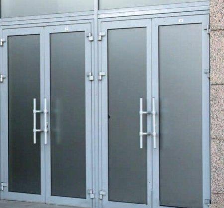 dveri_iz_alyuminievogo_profilya Двери из алюминиевого профиля