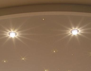 istochniki_sveta_dlya_natyazhnogo_potolka Источники света для натяжного потолка