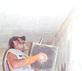 kak_shtukaturit_potolok Как штукатурить потолок?