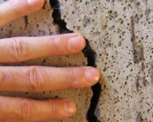 treshini_v_shtukaturke-_kak_ih_izbezhat Трещины в штукатурке, как их избежать?