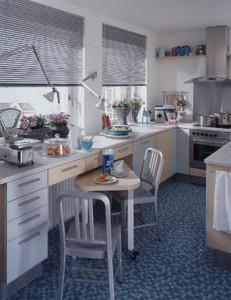 Вариант планировки узкой кухни
