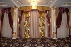 Aksessuary_dlja_gostinoj-01-300x213 Аксессуары для гостиной в интерьере