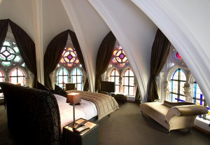Вариант готического стиля в интерьере
