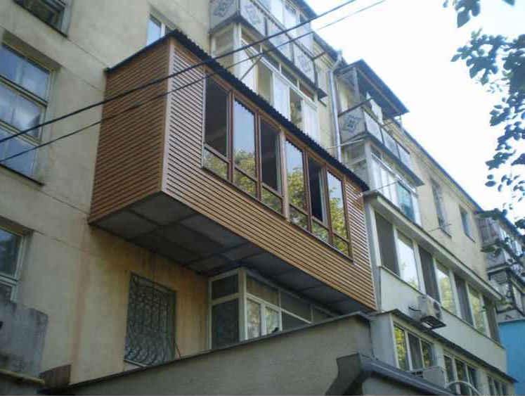 Вынос балкона по полу законно по разрешению.