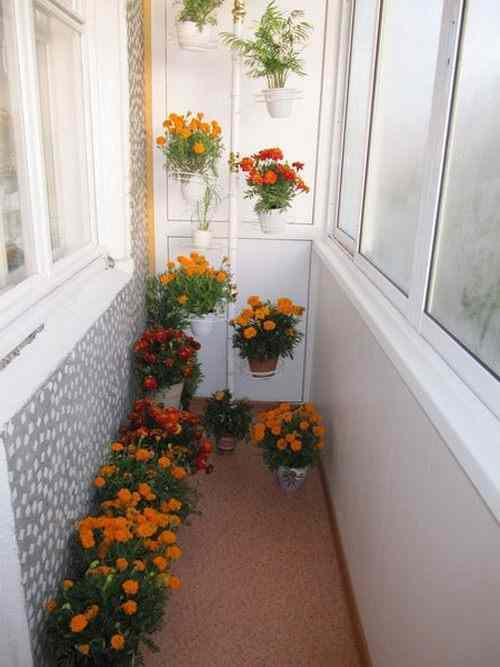 Как декорировать балкон своими руками.