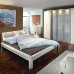 Belaja_spalnja-01-300x194 Ультрамодная белая спальня – торжество и элегантность