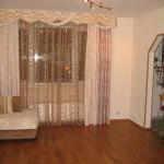 Shtory_dlja_gostinoj_svoimi_rukami-01-300x233 Учимся делать шторы для гостиной своими руками