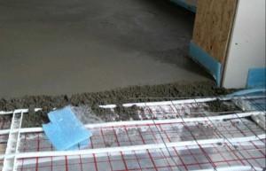 Техника бетонной стяжки пола фото
