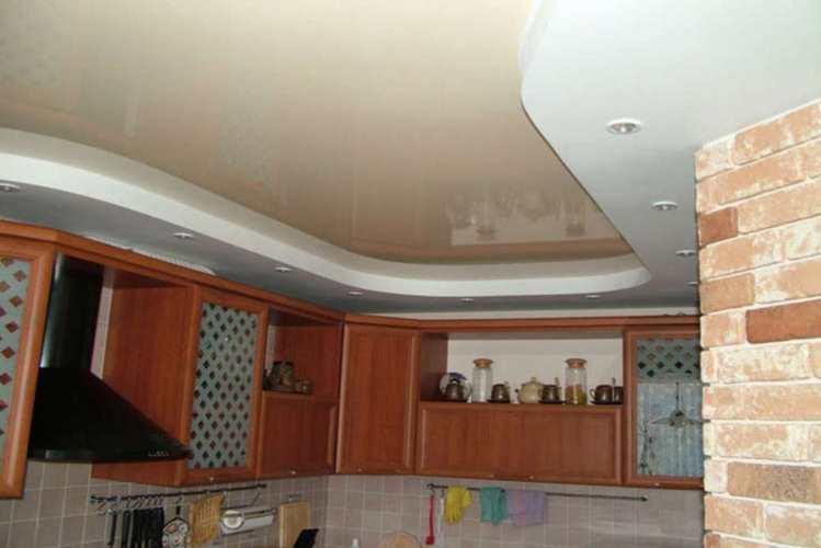 двухуровневый потолок фото на кухне