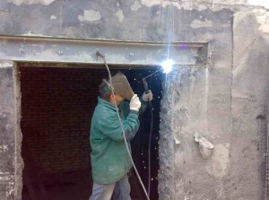 proem_v_stenah-05-300x165 Проем в несущих стенах: технология работ