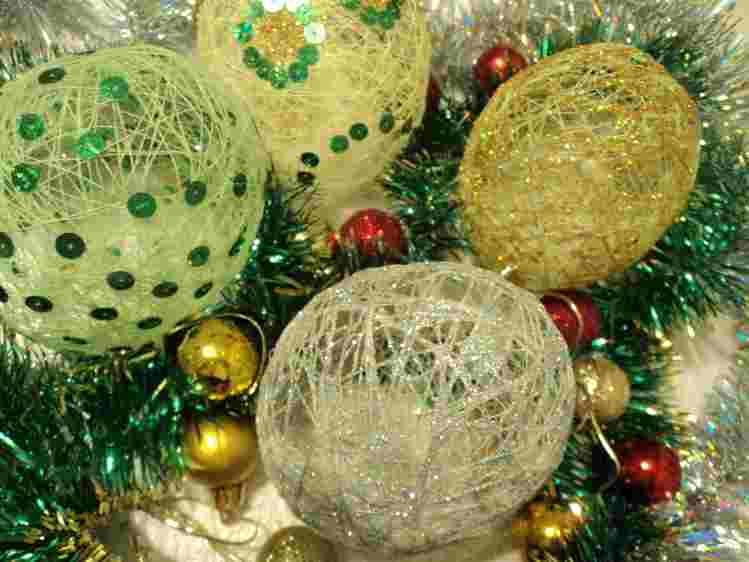 Новогодние ёлочные игрушки своими руками из подручных материалов