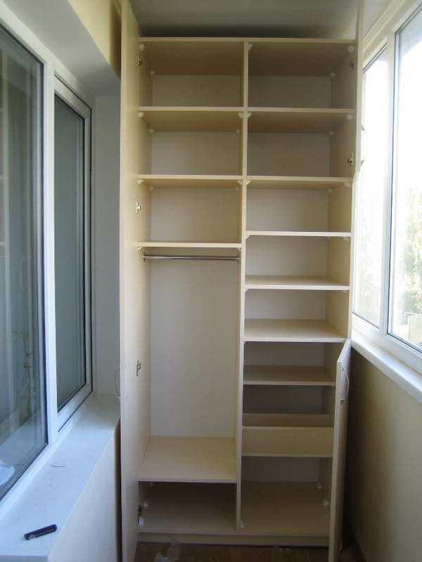 Шкафы на балконе: идеи и дизайн - справочник.
