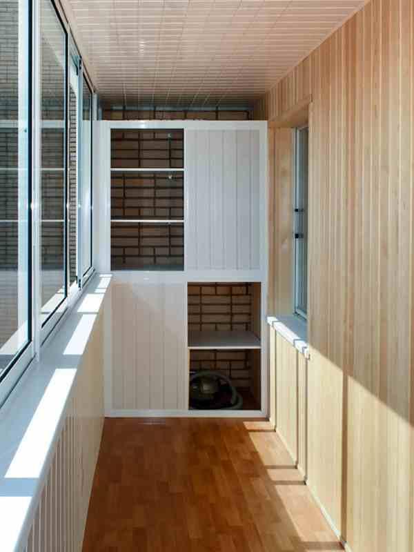Удобный и красивый шкаф на балкон 40 30