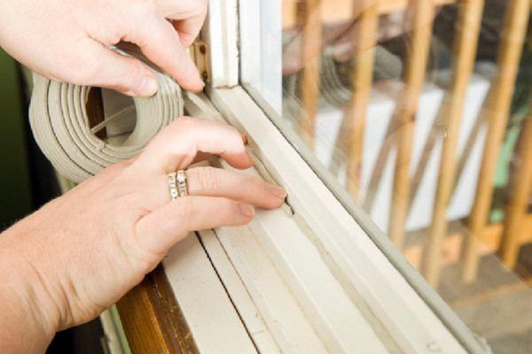 Как утеплить деревянные окна на зиму своими руками фото 94