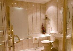 7-stenu-1 Установка пластиковых панелей в ванной пошаговая инструкция