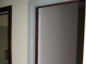 out_other022_2-300x225 Оклейка дверей пленкой.