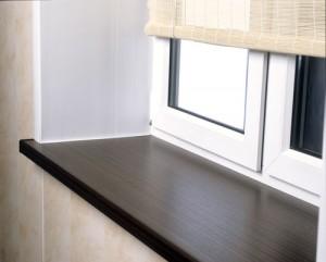 podokonnik-300x241 Подоконники как важная деталь вашего интерьера