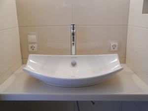 DSCN0369-300x225 Накладные раковины для ванной