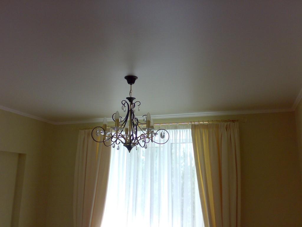 250320123317_thumb-300x225 Идеально ровный потолок – это возможно?