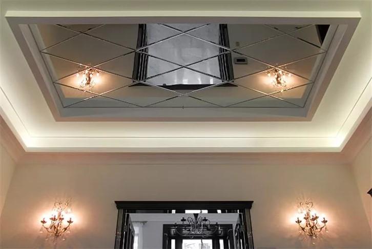 Zerkalnye-potolki-6 Зеркальные потолки и главные их достоинства