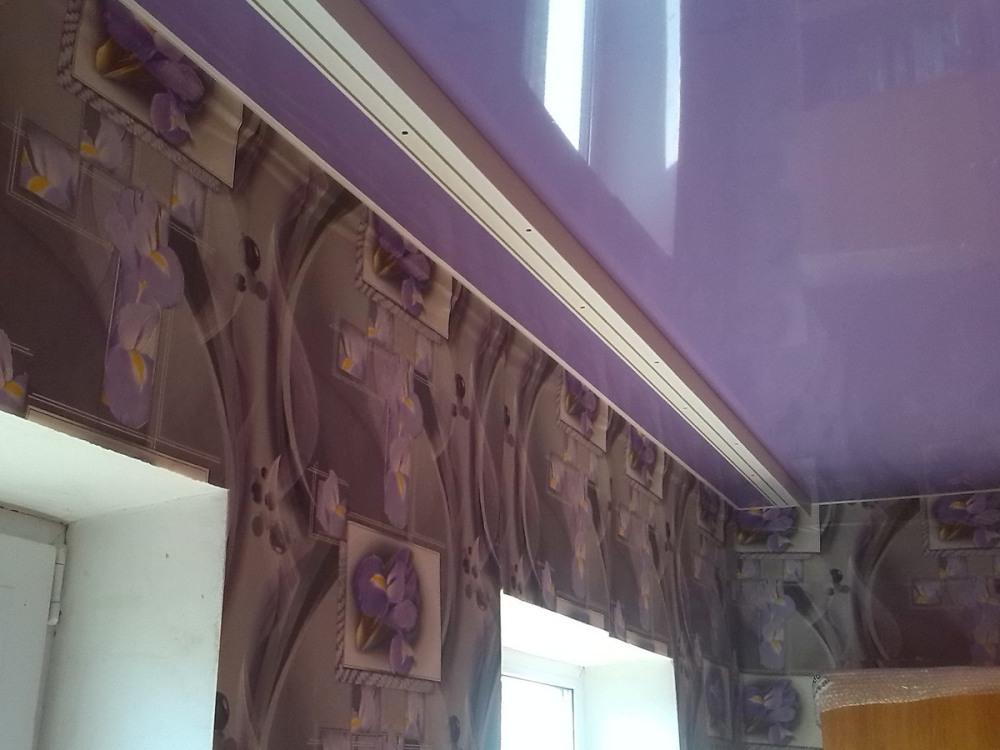 cvetnoy_natyazhnoy_potolok Цветной натяжной потолок