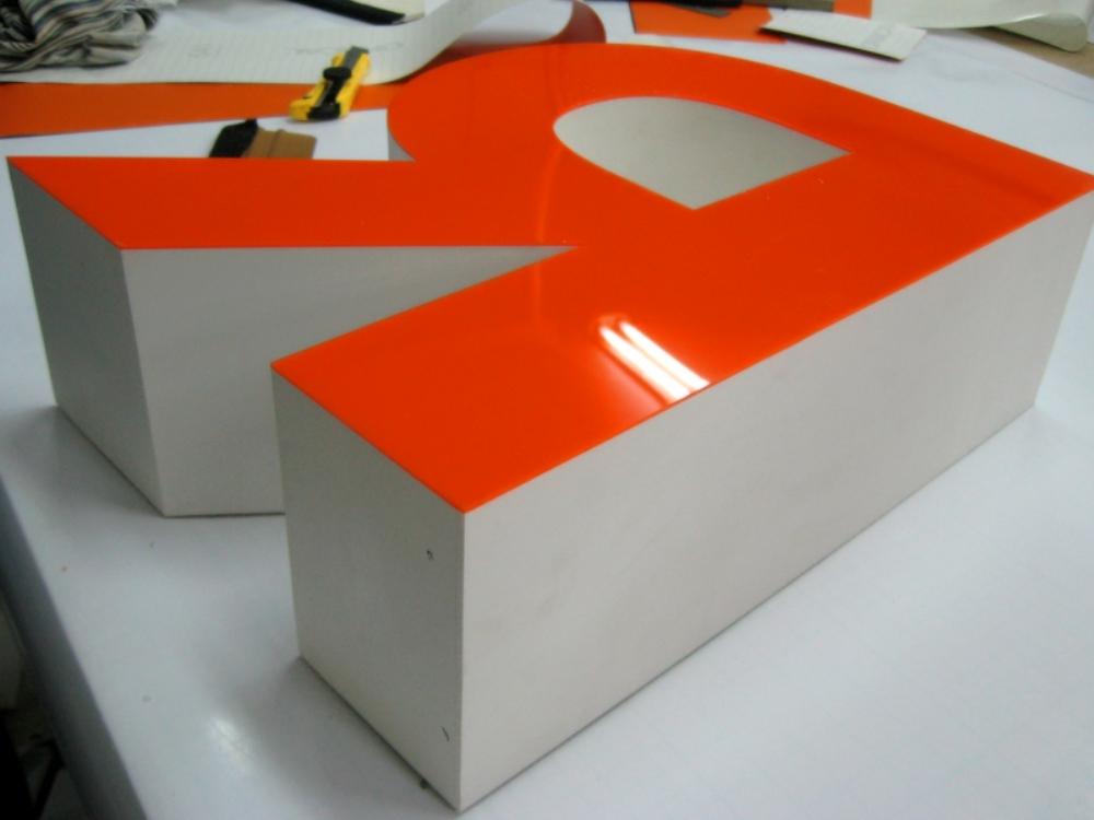 cas-2 Качество выставочных стендов формирует положительную реакцию потребителей