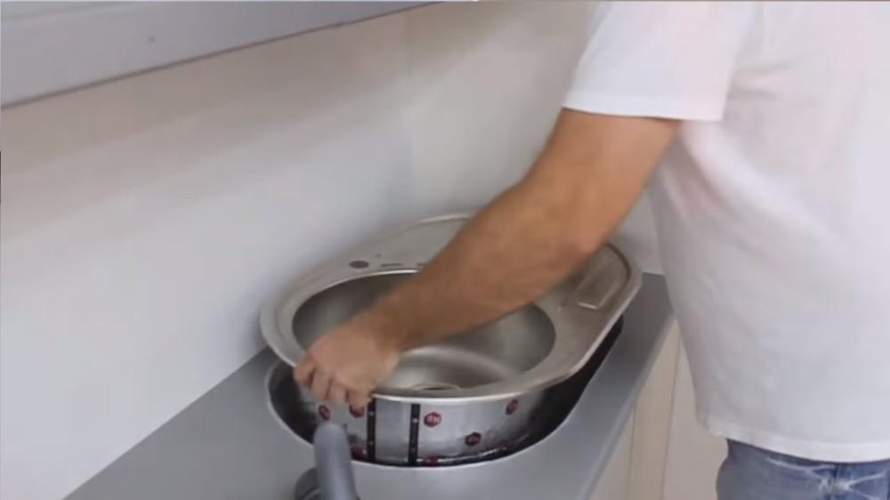maxresdefault-1 Установка и эксплуатация кухонных моек из нержавейки