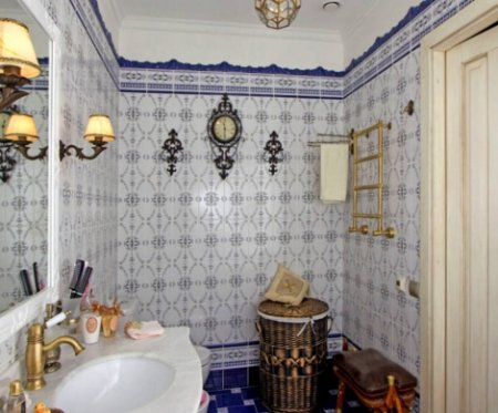 ispanskij_stil_vannoj_komnati Испанский стиль ванной комнаты