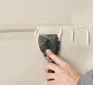 kak_podgotovit_steni_k_poklejke_oboev Как подготовить стены к поклейке обоев