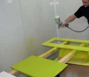 kak_pokrasit_mebel_iz_dereva Как покрасить мебель из дерева
