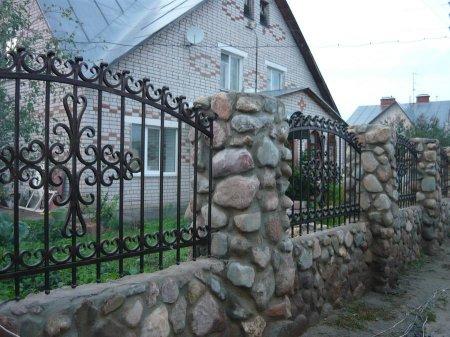 kak_vibrat_kovannij_zabor Как выбрать кованный забор