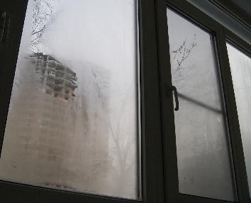 okna_plachut_-_kto_vinovat-_chto_delat Окна «плачут» - кто виноват, что делать