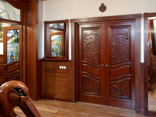 kak_uhazhivat_za_dveryu_iz_massiva Как ухаживать за дверью из массива