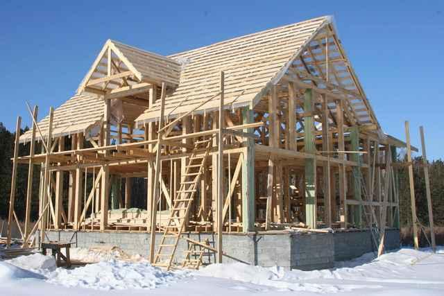 karkasnie_doma_i_stroitelstvo_domov_iz_brusa_operativnoe_stroitelstvo Каркасные дома и строительство домов из бруса: оперативное строительство