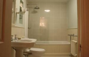 Remont_tualeta_v_panelnom_dome-01-300x193 Ремонт туалета в панельном доме