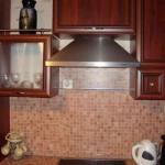 Vytjazhka_na_kuhnju-01-300x235 Как выбрать вытяжку на кухню