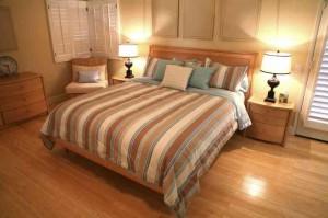 Laminat_dlja_spalni-01-300x208 Каким должен быть ламинат для спальни