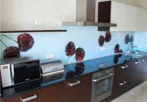stekljannye_fartuki-01-300x178 Стеклянные фартуки для кухни: выбор и способы монтажа