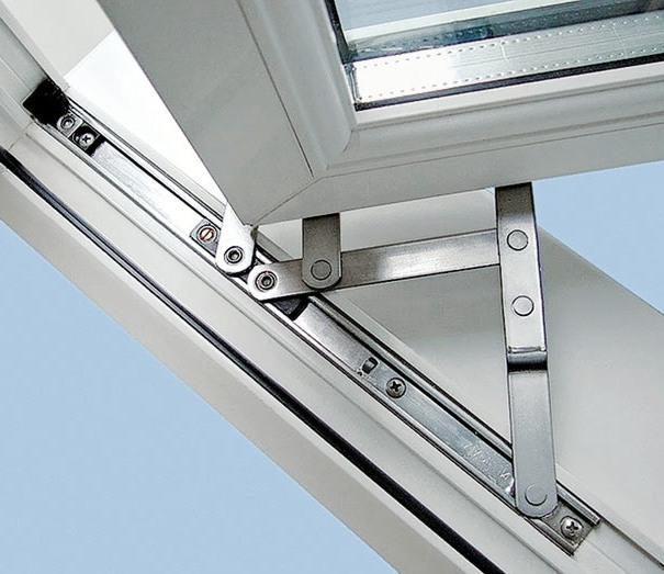 022-300x225 Как выбрать фурнитуру для пластиковых окон