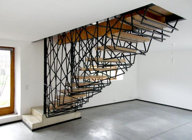 000111-300x184 Лестницы для дома и квартиры