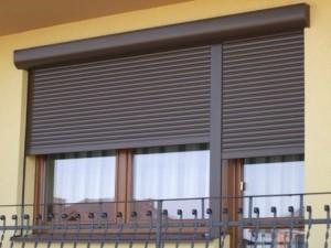 021-300x225 Где посмотреть ворота и роллеты на окна?