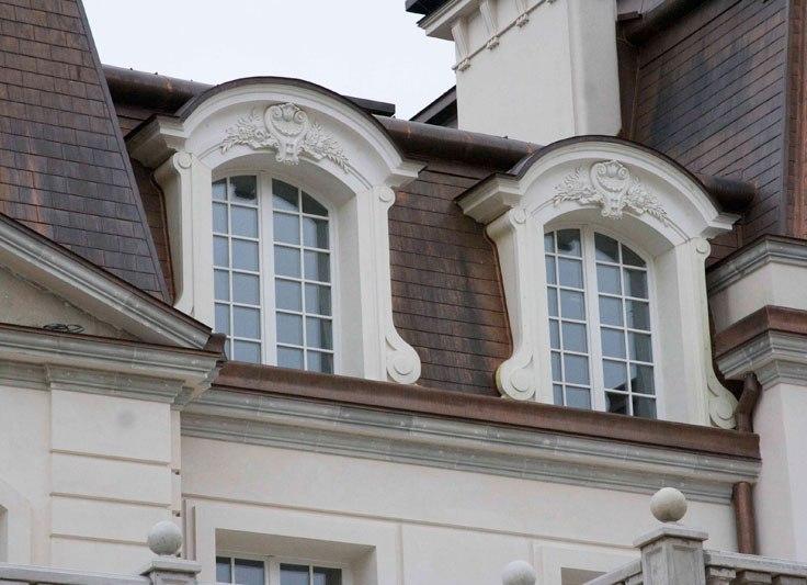 111 Оформление фасада с помощью лепнины