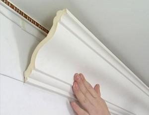 potolochnii_plintys1-290x300 Потолочный карниз: стильное оформление потолка
