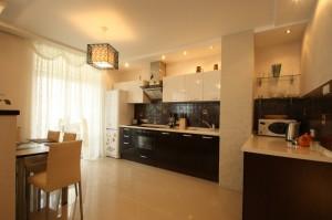 kitchen_livingroom_photo_08-300x199 Евроремонт кухни – обновление помещения