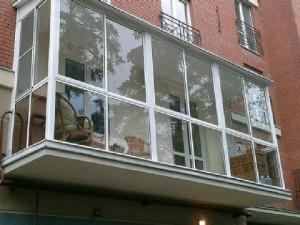 balkon-300x225 Способы и виды остекления балкона