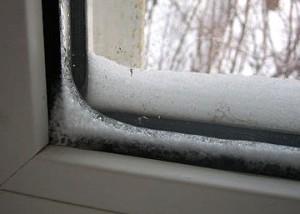 promerzanie-300x214 Ключевые причины промерзания пластиковых окон