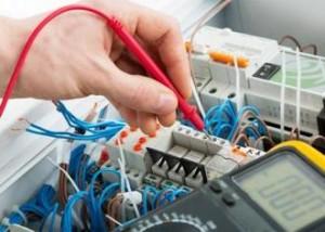 11-300x214 Как выбрать электрика?