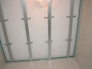 4-300x225 Потолочные панели для ванной