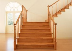 11-300x212 Деревянная лестница в каждый дом